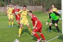 S prvními Katovicemi (ve žlutém), na které ztrácí bod, se Týn dvakrát v sezoně rozešel nerozhodně.