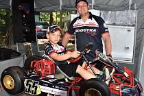 Adam Lacko se svým synkem Nicolasem.
