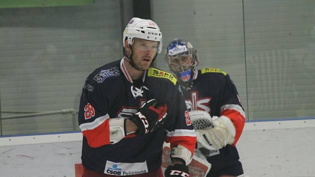 Ondřej Cikán v rozjeté sezoně doplnil zadní řady David servisu.