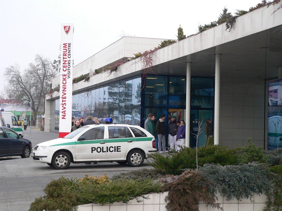 Anonym ohlásil bombu v Budvaru