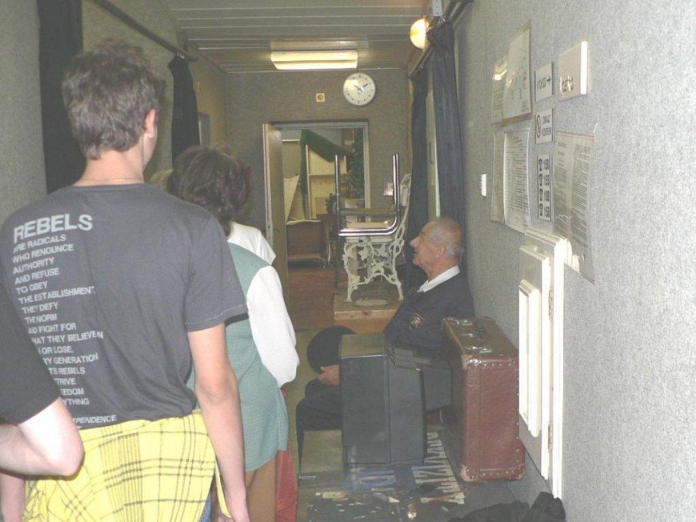 Jihočeské divadlo pořádalo dny otevřených dveří. Nechyběl požární dozor.