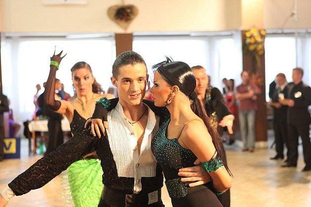 Taneční soutěž Novohradská číše 2011