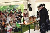 Návštěvníky Žumberka čekaly ukázky alchymistických pokusů.