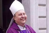 Biskup Pavel Posád.