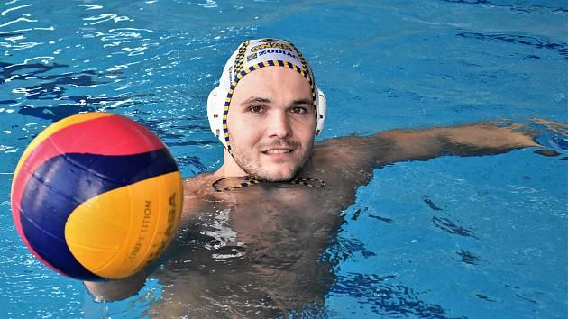 Martin Faměra v domácím strakonickém bazénu.