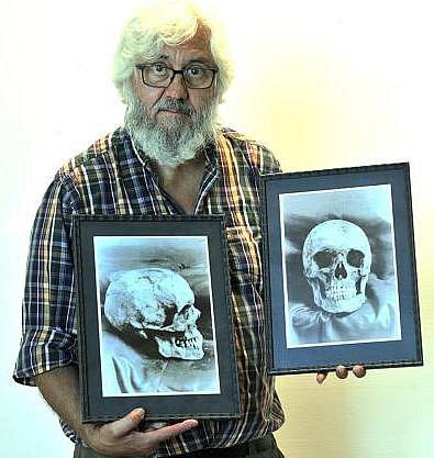 Výstava na téma lidských lebek…