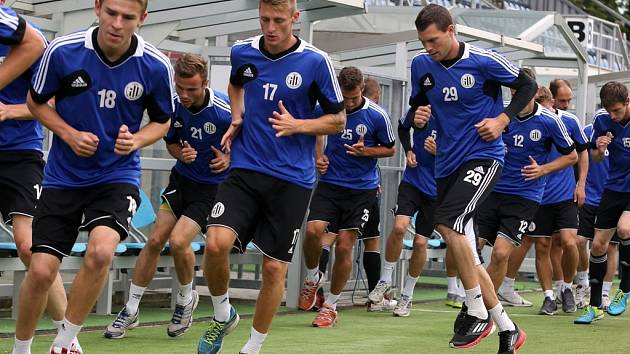 Fotbalisté Dynama v úterý zahájili přípravu na nový ročník I. ligy.