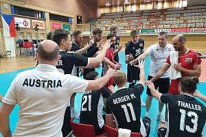 Česká volejbalová reprezentace nastoupila proti Rakousku v modrých dresech