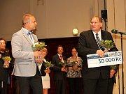 Jihočeské muzeum v Českých Budějovicích získalo ocenění Gloria musaealis. Na snímku vpravo ředitel muzea František Štangl.