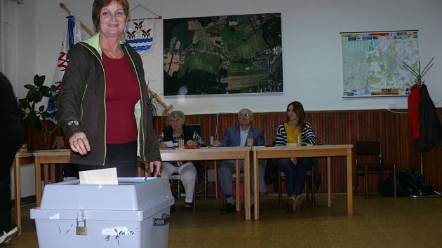 Volby v Šindlových Dvorech.
