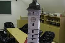 Jako by originálu z oka vypadla. Model dominanty Českých Budějovic v měřítku 1:40 stvořilia pětice mužů ve vazební věznici za tři sta hodin.