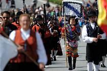 Mezinárodní dudácký festival přilákal v srpnu 2014 do Strakonic zhruba 30 000 lidí. Snímky z průvodu městem 24. srpna.