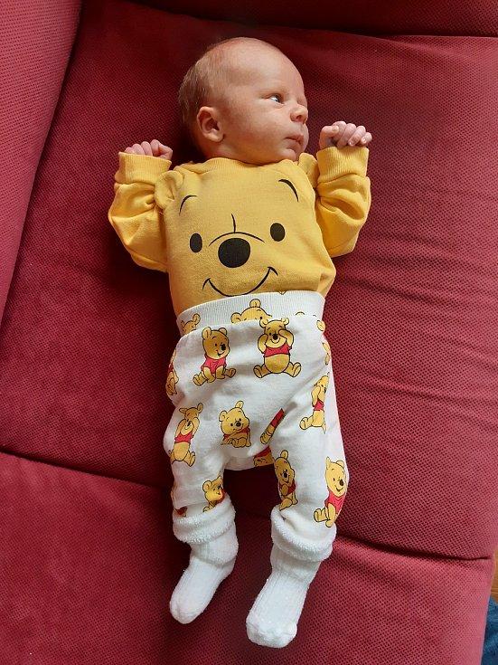 Radovana a Petr Plochovi jsou rodiči novorozeného Artura Plochy. Narodil se 29. 10. 2020 v 10.43 h. Jeho porodní váha byla 3,45 kg. Žít bude v Českých Budějovicích.