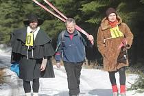 Recesistický závod Sladká lýže v Holné Vodě v Novohradských horách.