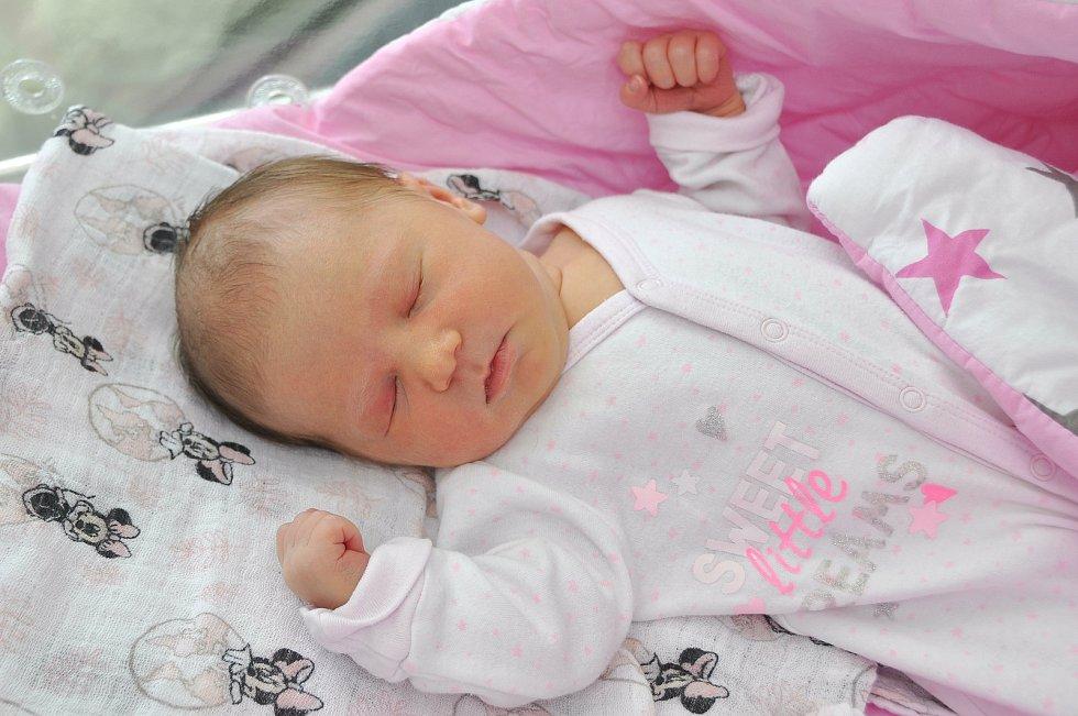 Emma Trnková z Volar.Rodiče Markéta a Vladislav se radují z narození prvorozené dcery, která přišla na svět 8. 7. 2021 v 7.22 hodin s porodní váhou 3290 g.