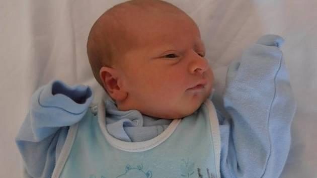 V pátek 9.8.2013 53 minut po půlnoci poprvé pohlédl na  svět chlapec jménem Tomáš Sladký. Po porodu vážil 3,40 kg. Bydlet bude spolu s rodinou v Českých Budějovicích.