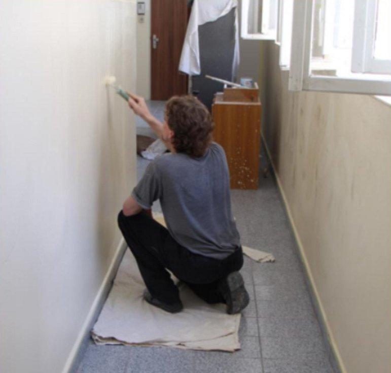 Za striktního dodržování hygienických opatření Vazební věznice České Budějovice podporuje zaměstnávání odsouzených.