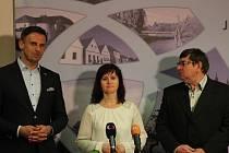 Zástupci koaličních stran informuji o výsledku jednání ohledně dalšího fungování koalice.