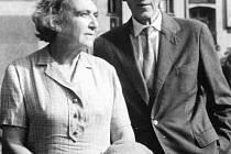 Václav a Elsa Hálovi na snímku z podzimu 1967.