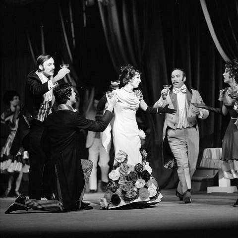 Josef Průdek, osobnost opery Jihočeského divadla, slaví 70. narozeniny. Snímek z představení Čardášová princezna.