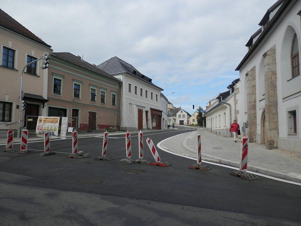 Jindřihohradečtí počítají s 3. etapu rekonstrukce Václavské ulice. Foto: archiv města Jindřichův Hradec