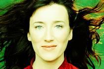 Irská písničkářka a herečka Maria Doyle Kennedy.