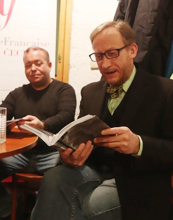 Čtení z knihy Moje stoleté Československo publicisty Radka Gálise.
