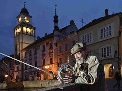 Anifilm, mezinárodní festival animovaných filmů, nabízí v Třeboni do 8. května 405 snímků z celého světa. Na snímku režisér, scenárista, animátor i malíř Václav Mergl (80), který převzal cenu za celoživotní přínos.