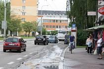 Zastávka městské hromadné dopravy Poliklinika JIH (na snímku) by se měla při opravách Lidické třídy posunout o několik metrů směrem do Rožnova.