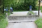 Zátaras na malém hraničním přechodu v Českém Heršláku byl i v úterý.