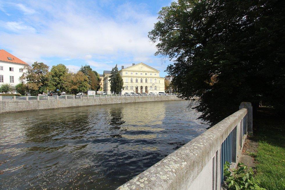 Kulturní dům Slávie před rekonstrukcí.