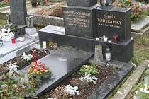 Hrob, do něhož bude uložena Jiřina Jirásková.