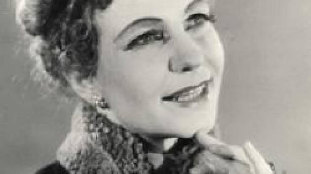 Ve věku nedožitých 94 let zemřela v Praze Eva Valentová, dlouholetá sólistka sopranistka opery Jihočeského divadla.