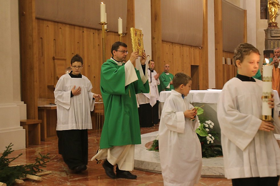 V Českých Budějovicích se v sobotu podvečer konala děkovná mše k poctě svatého Huberta patrona lesníků a lovců.