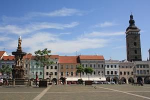 Náměstí Přemysla Otakara II. v centru Českých Budějovic.