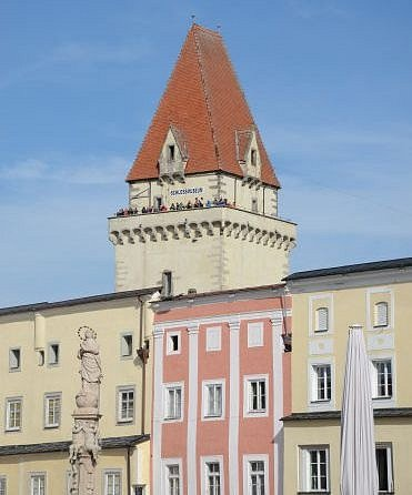 Zámek ve Freistadtu je na prodej.