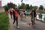 Českobudějovický majáles 2020. Studenti v maskách tentokrát v menším množství prošli městem. Veselí byli i tentokrát.