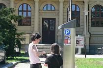 Parkoviště na Senovážném náměstí v Českých Budějovicích.