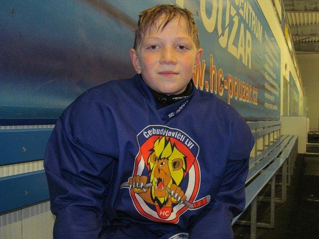 Malý hokejista Jakub Kretschmer získal zvláštní ocenění v rámci projektuHrajfair – cena Oldřicha Machače, a to za přístup ke hře a sportovní vystupování.