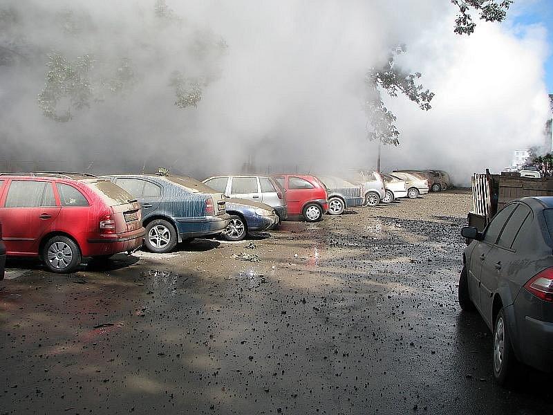 Výbuch parovodu v českobudějovické Alešově ulici.