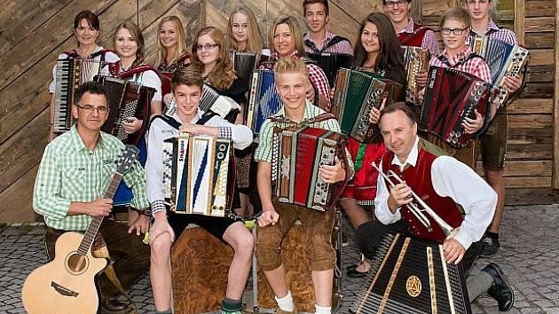 Vítězové pro slavnost v Aldersbachu.
