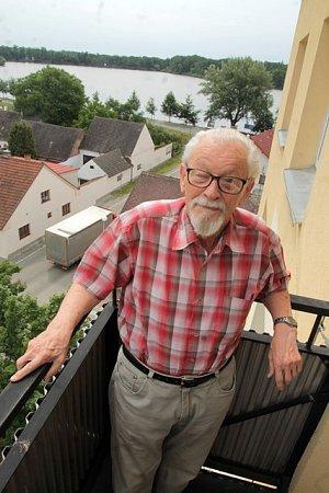 Oldřich Lhotský.