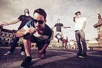 Budějovická skupina Lex Barker vydala svou debutovou desku s názvem Slepě do tmy.