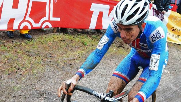 SKVĚLÝ VÝKON. Jihočeský cyklokrosař Adam Ťoupalík na mistrovství světa v Zolderu potvrdil, že se řadí mezi nejlepší světové závodníky.