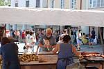 Bohatý program nabídly od pátku do neděle slavnosti v Třeboni. Nechyběl trh na náměstí v historickém centru nebo hrátky pro děti v zahradě zámku.