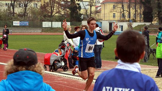 David Vaš vyhrál běh okolo Sokolského ostrova