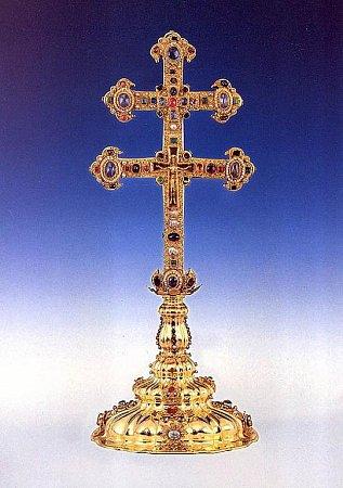 Jihočeští památkáři vpondělním přednáškovém cyklu poodhalí pověstmi opředený Závišův kříž zkláštera ve Vyšším Brodě.