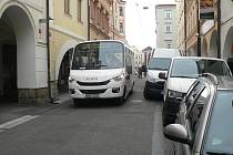 Malé autobusy v Krajinské.