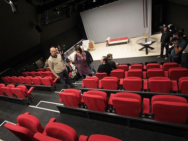 Jihočeské divadlo dokončilo rekonstrukci. Divákům nabídne novou studiovou scénu, kavárnu i rozšířené předsálí.