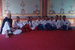 Členové TJ Karate České Budějovic vyrazili na soustředění do Nových Hradů